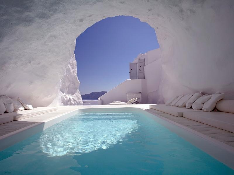 Greece-Honeymoon-Resorts-Katikies-Hotel-3