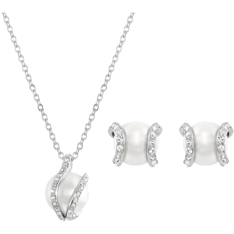 Shine bright with the right Jewelry... by Swarovski!  8f0c6716d47