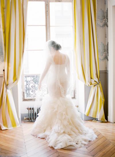 wedding-dress-venue-4
