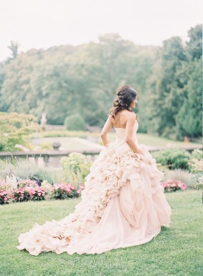 wedding-dress-venue-8