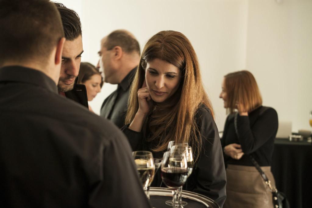 Ο φωτογράφος Γιώργος Μπουζάκης με τη σύζυγό του, Γιώτα Φακουρέλη.