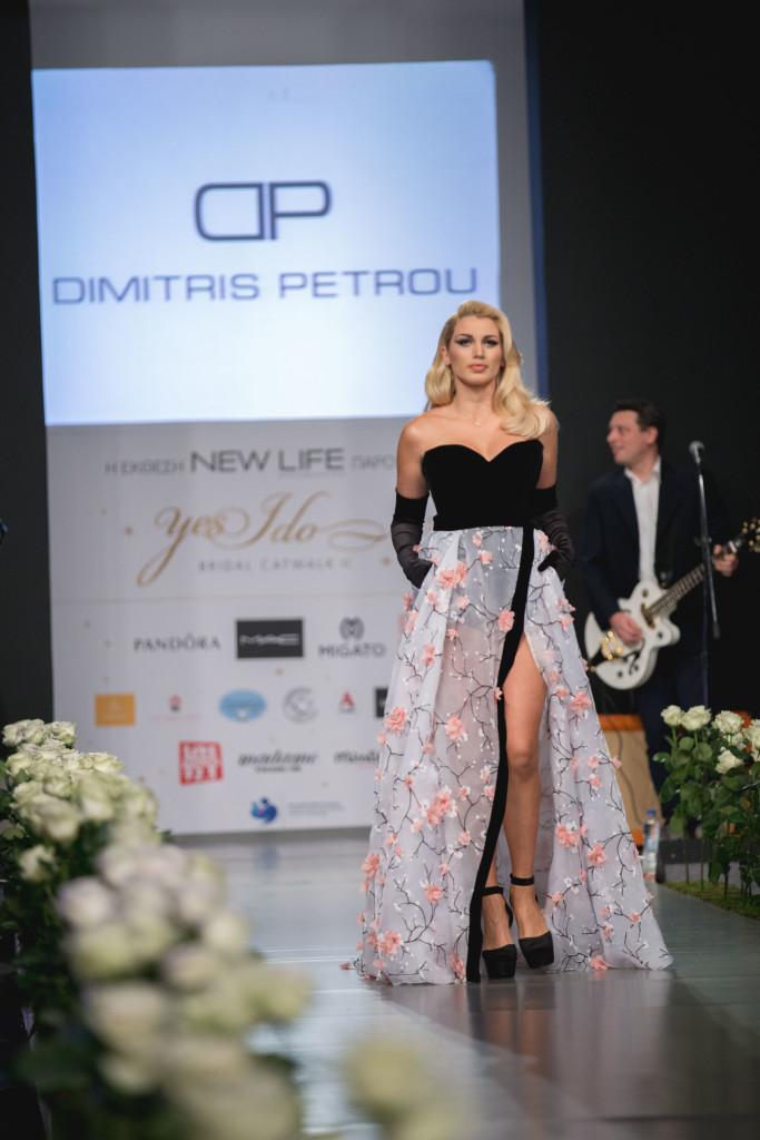 H λαμπερή Κωνσταντίνα Σπυροπούλου, έκλεψε τις εντυπώσεις με την δημιουργία του σχεδιαστή, Dimitris Petrou