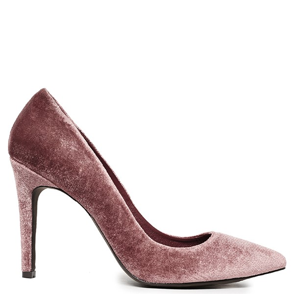 83aff98031ca Νυφικά παπούτσια  οι 8 πιο κομψές επιλογές