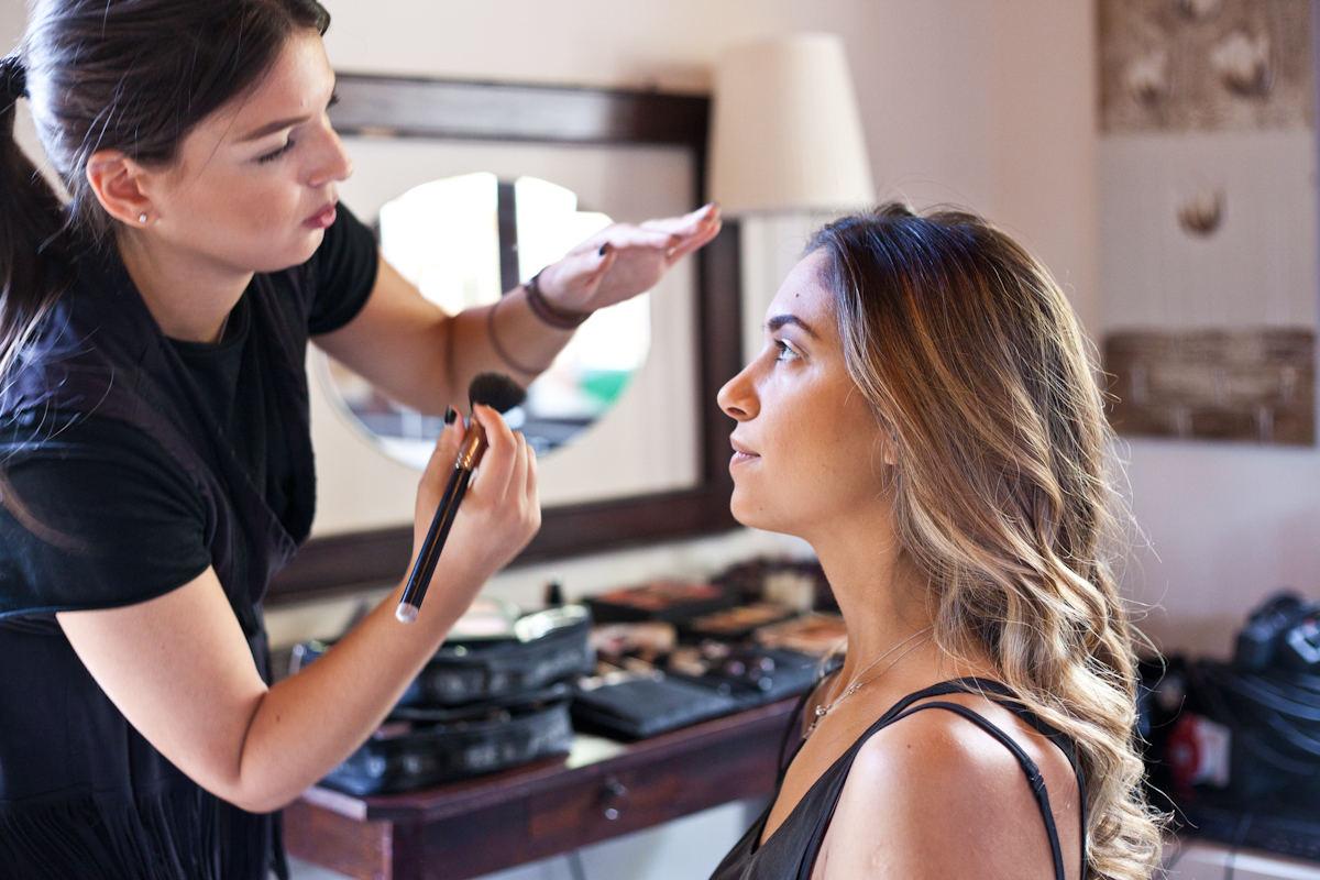 H Inglot Greece με την make up artist, Πέννυ Τσιάμη επιμελήθηκε τα 3 διαφορετικά make up look, της Άννας Πρέλεβιτς.