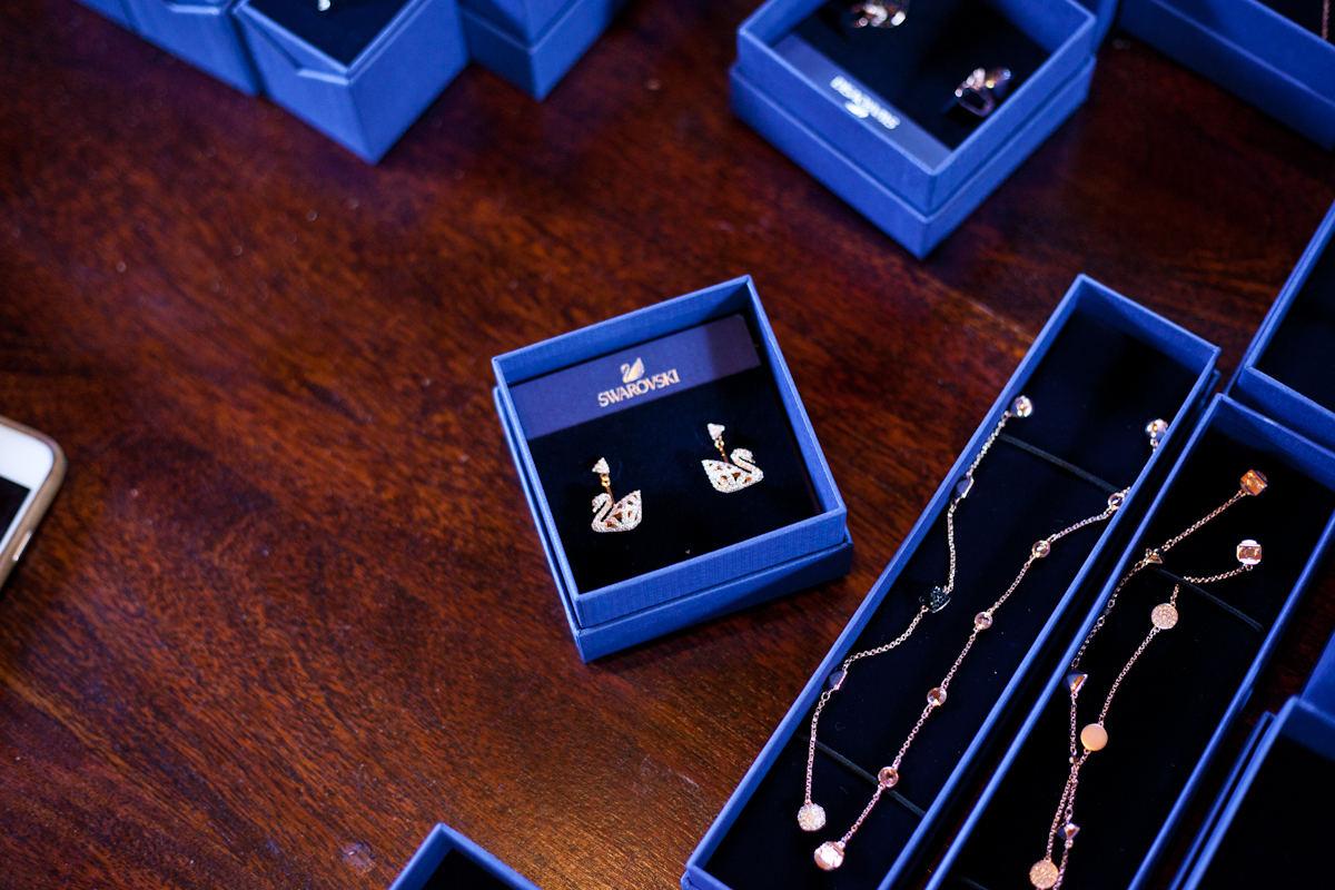 Αυτά τα σκουλαρίκια εμείς απλά τα λατρέψαμε!