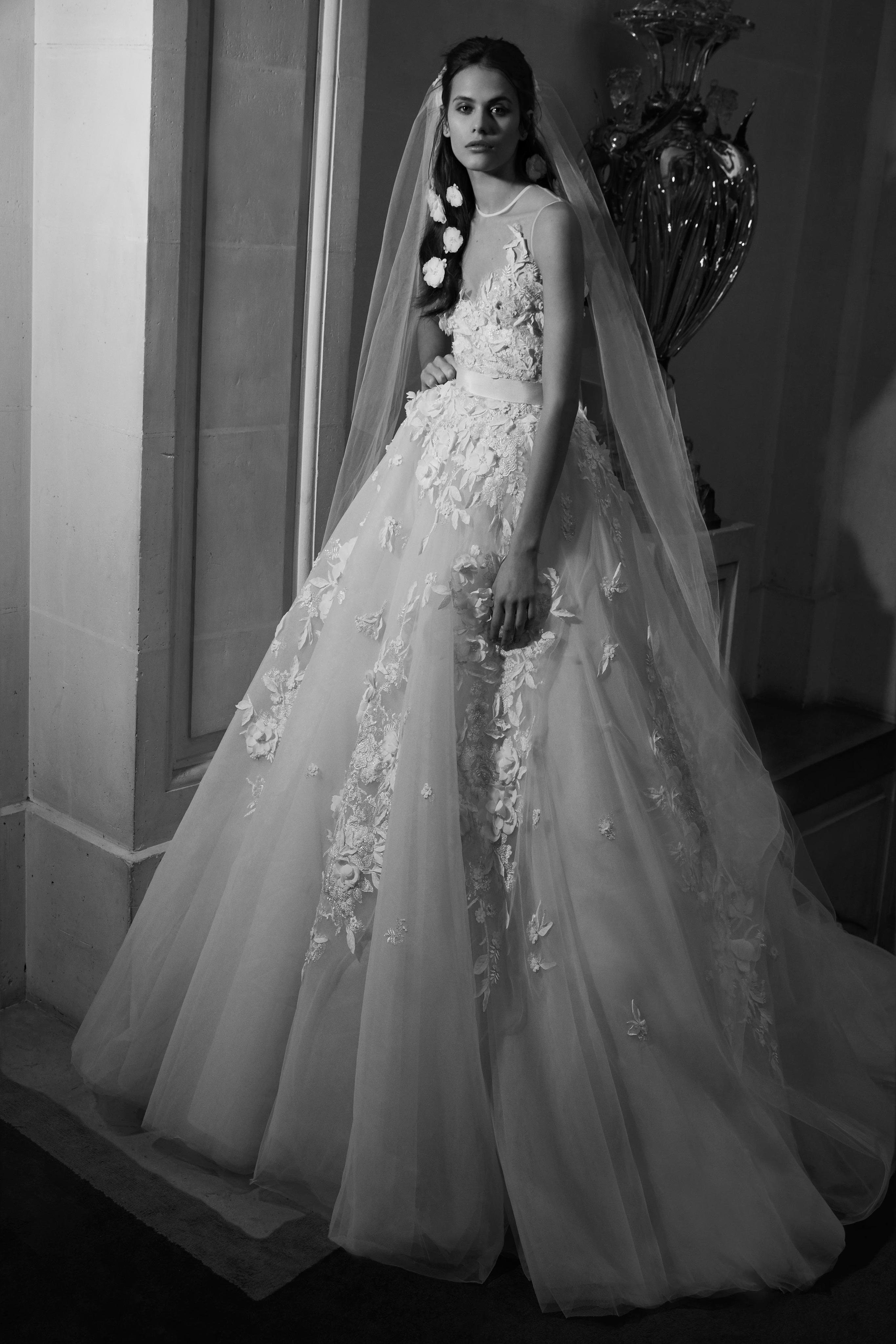 Ellie Saab Bridal Spring Fashion 2019- Photo by Vogue 3a645b72da1