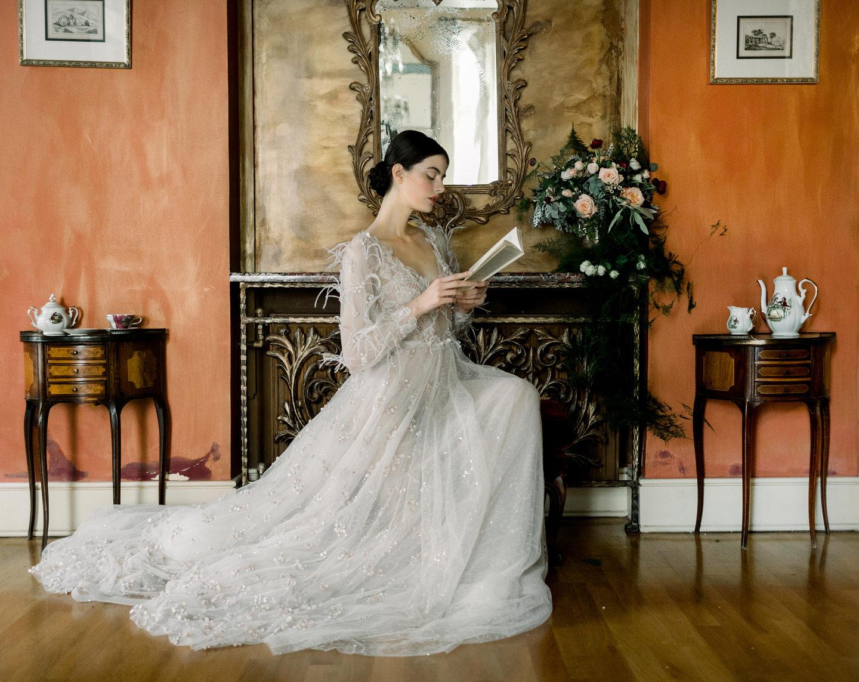 0710850c68e Τα πιο ρομαντικά νυφικά μοιάζουν βγαλμένα από ερωτικό μυθιστόρημα ...