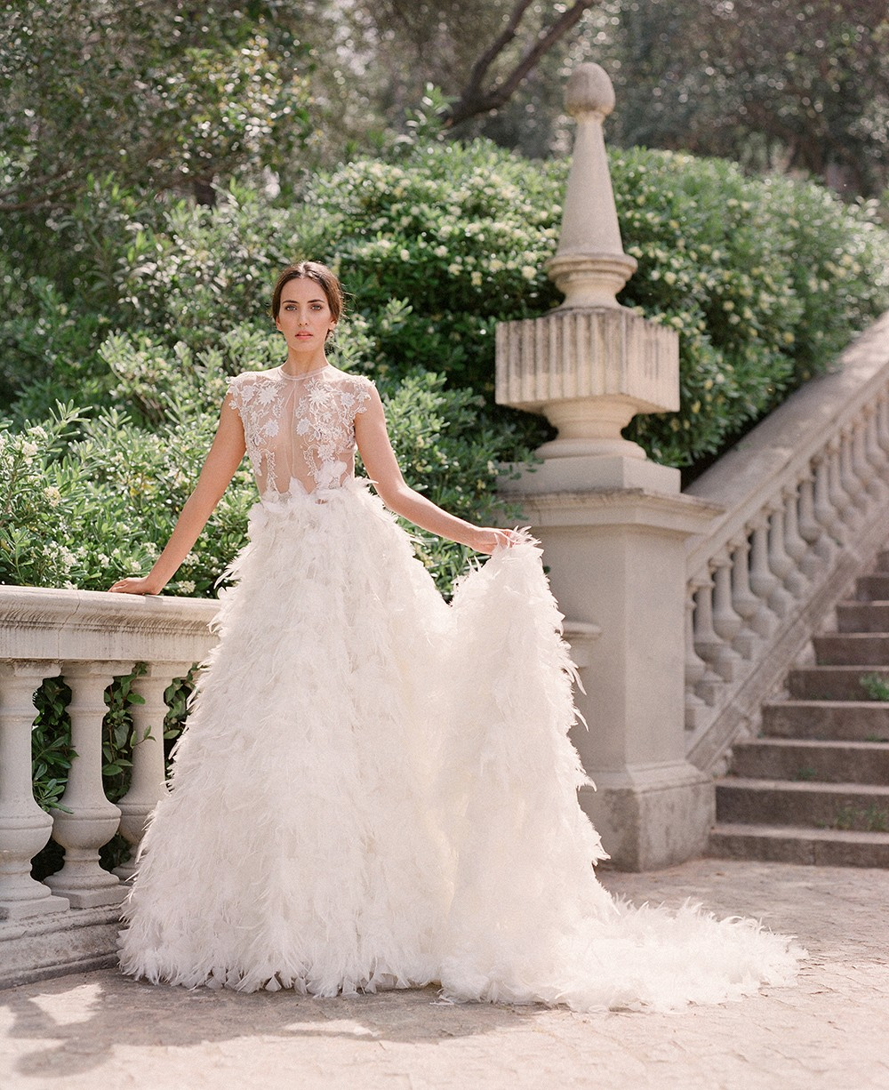 e0a54f2900ee Marco   Maria Bridal Gowns 2019 collection. Τα νυφικά του ισπανικού ...