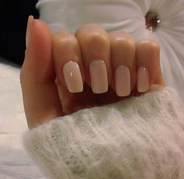 White Nail Polish In Winter: Αυτά είναι τα Bridal Manicure Trends για το 2019!