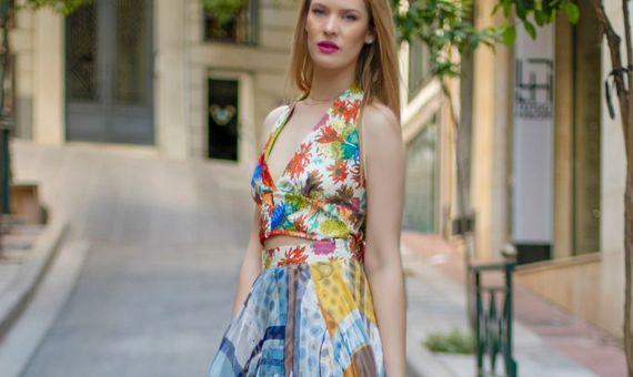 e2b7057eae43 Κουμπάρα  Ανακαλύψαμε στο Passion Alley υπέροχα φορέματα για να επιλέξεις!