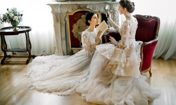 c005de48cb05 5 outfits για τον πολιτικό γάμο!