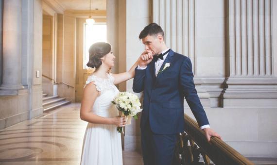 Πολιτικός γάμος  Μια «ψυχρή» διαδικασία  not !  735f62233ca
