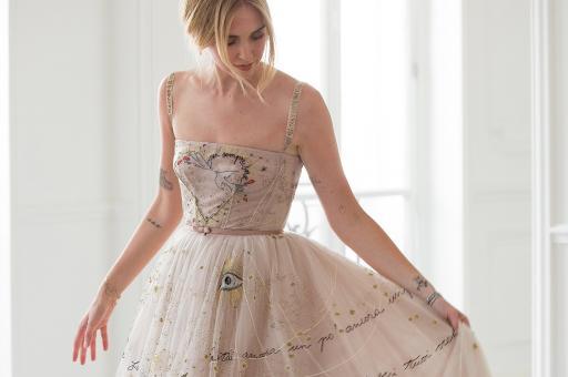 78691f3094 Chiara s Dior Wedding Dresses  Tα νυφικά της διάσημης blogger   το trend  effect που δημιούργησε...